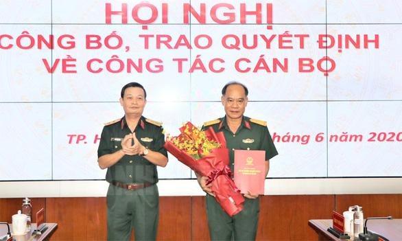 Bổ nhiệm Đại tá Hoàng Đình Chung giữ chức Chủ nhiệm Chính trị Quân khu 7 - Ảnh 1