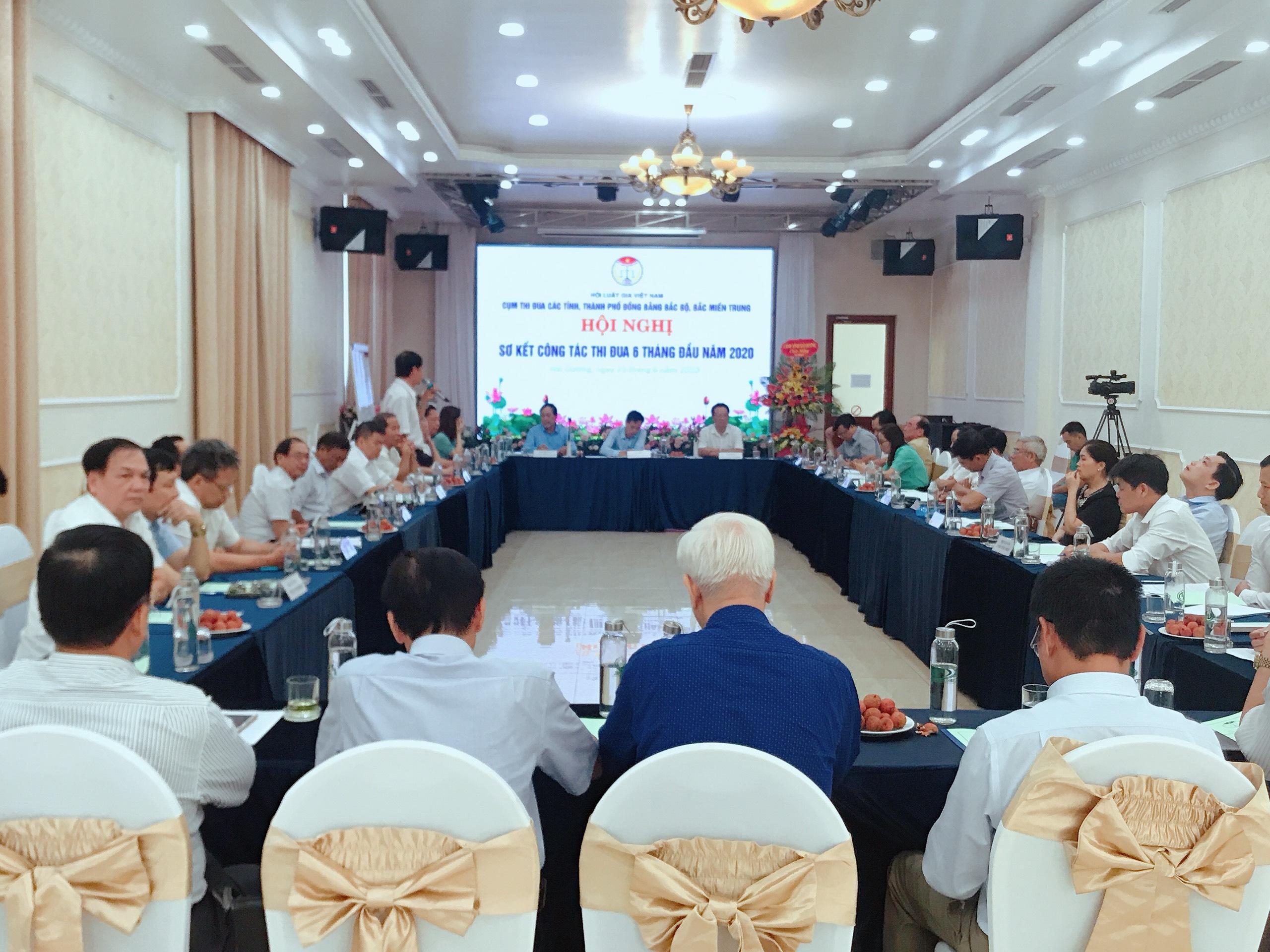 Hội nghị sơ kết Cụm thi đua hội Luật gia các tỉnh đồng bằng Bắc Bộ và Bắc Miền Trung - Ảnh 1