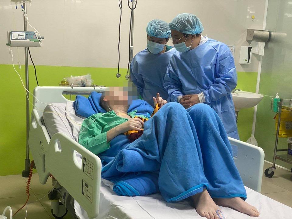 74 ngày Việt Nam không có ca mắc COVID-19 ở cộng đồng, số người cách ly chống dịch tăng lên trên 10.000 - Ảnh 3