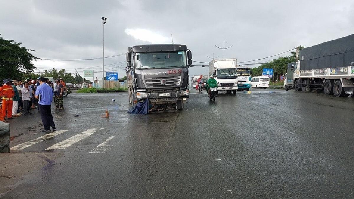 Tin tai nạn giao thông mới nhất ngày 30/6/2020: 3 người trong gia đình tử vong khi đang về quê - Ảnh 2