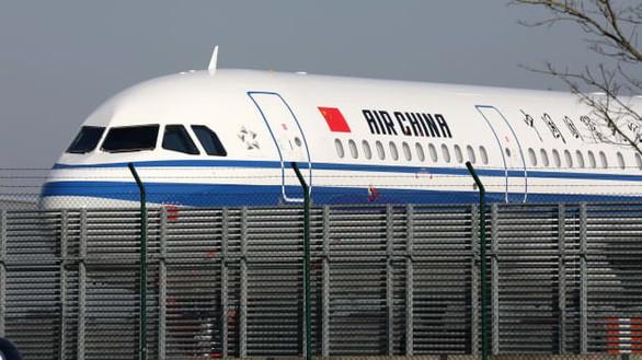 Mỹ tuyên bố cấm các hãng hàng không chở khách của Trung Quốc từ 16/6 - Ảnh 1