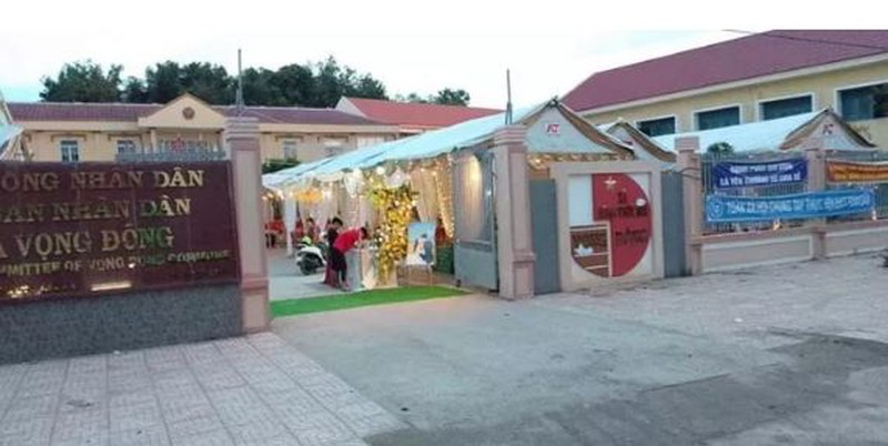 Vụ cán bộ mượn sân UBND tổ chức đám cưới: Chủ tịch xã lên tiếng - Ảnh 1