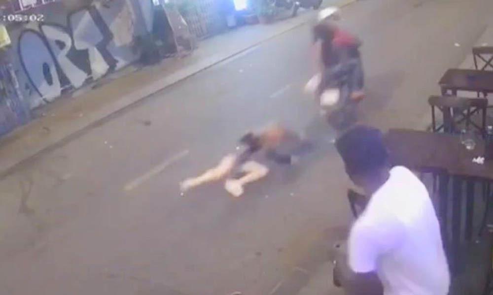 2 tên cướp kéo kê cô gái trẻ trên phố đi bộ Bùi Viện khai gì? - Ảnh 2
