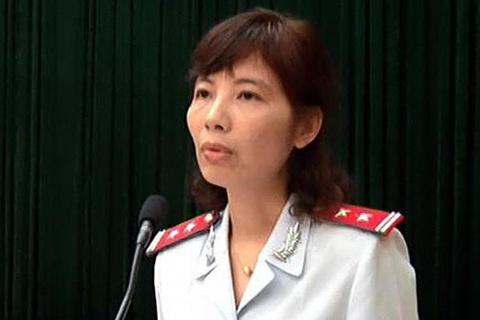 Truy tố nữ trưởng đoàn thanh tra của bộ Xây dựng chiếm đoạt hơn 1,3 tỷ đồng - Ảnh 1