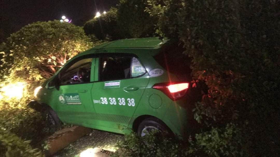 Kẻ cướp taxi ở TP.HCM sa lưới tại Bình Dương - Ảnh 2