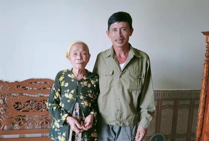 Lão nông ở Quảng Trị nhặt được túi vàng, lên mạng xã hội tìm người đánh rơi - Ảnh 1