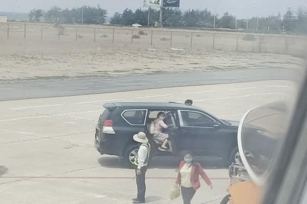 """Phó Bí thư Tỉnh ủy Phú Yên nói gì về thông tin """"điều xe biển xanh vào sân bay đón con gái""""? - Ảnh 1"""
