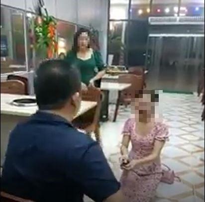 Vụ clip cô gái chê đồ ăn bị bắt quỳ lạy: Chủ quán nướng tiết lộ điều bất ngờ - Ảnh 1