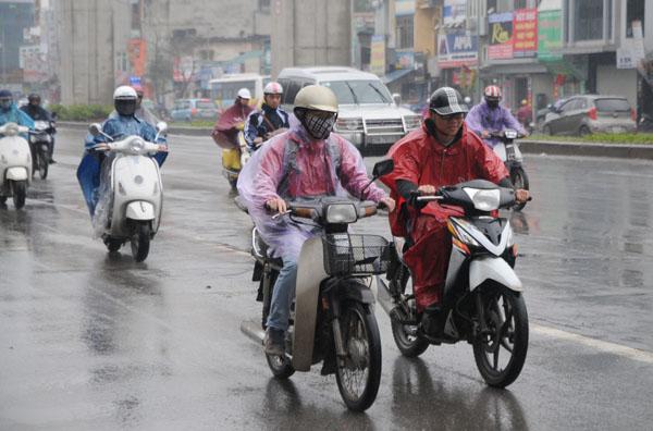 Tin tức dự báo thời tiết mới nhất hôm nay 22/8: Hà Nội giảm mưa, trời hửng nắng - Ảnh 1