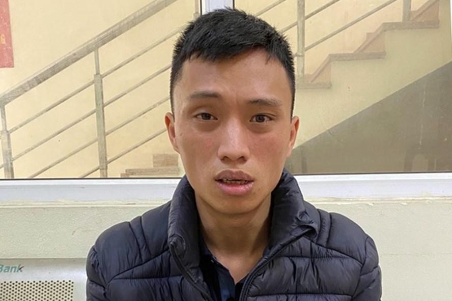 Vụ người đàn ông giết vợ và con trai ở Hà Nội: Nghi phạm mua gói thuốc chuột với giá 50.000 đồng định tự tử - Ảnh 1
