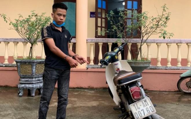 Tạm giữ hình sự nam thanh niên 17 tuổi đi xe máy tông gãy chân Đại úy CSGT - Ảnh 1
