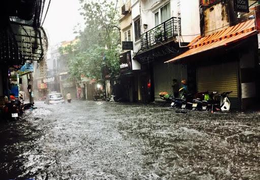 Tin tức dự báo thời tiết mới nhất hôm nay 6/8: Hà Nội mưa rất to - Ảnh 1