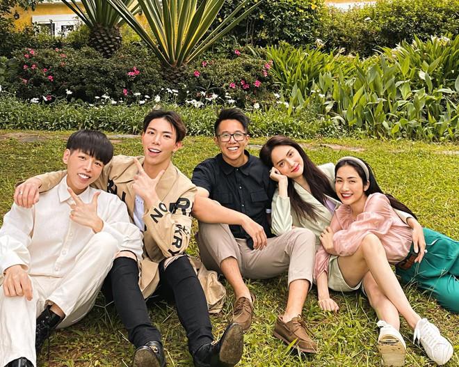 Loạt ảnh tình tứ của Hoa hậu Hương Giang với Matt Liu-CEO giàu có người Singapore - Ảnh 6