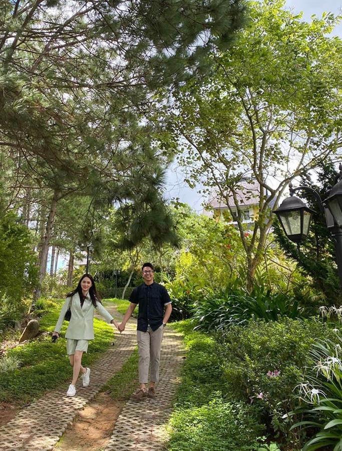 Loạt ảnh tình tứ của Hoa hậu Hương Giang với Matt Liu-CEO giàu có người Singapore - Ảnh 8