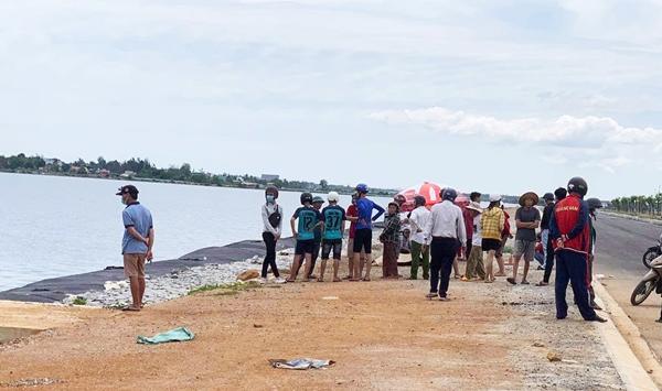 Đi thả lưới, tá hỏa phát hiện thi thể nam sinh lớp 10 nổi trên sông - Ảnh 2