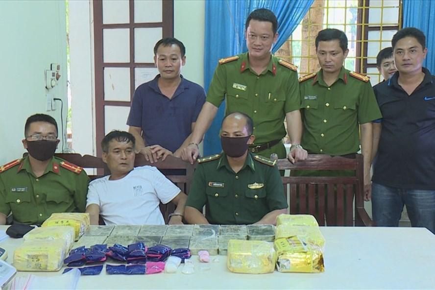 """Vụ trinh sát đào đất thu giữ lô ma túy trị giá 10 tỷ đồng: Tiết lộ về """"ông trùm"""" Trần Văn Khánh - Ảnh 1"""