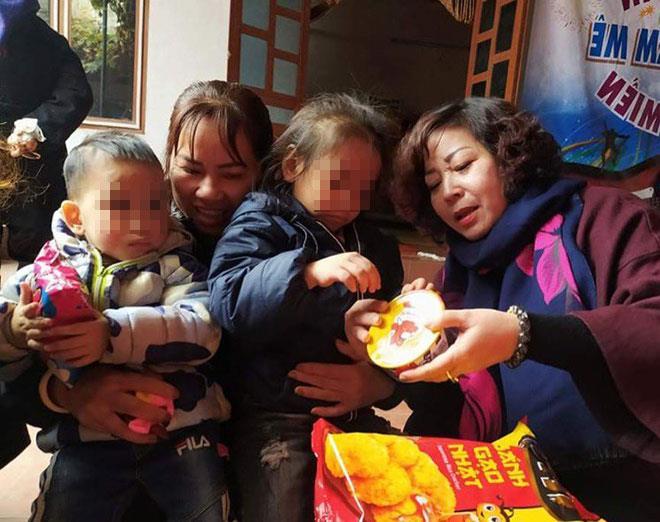 """Vụ 2 chị em nghi bị bỏ rơi giữa trời giá rét ở Hà Nội: Vì sao người cha trên """"giấy tờ"""" không nhận con? - Ảnh 1"""