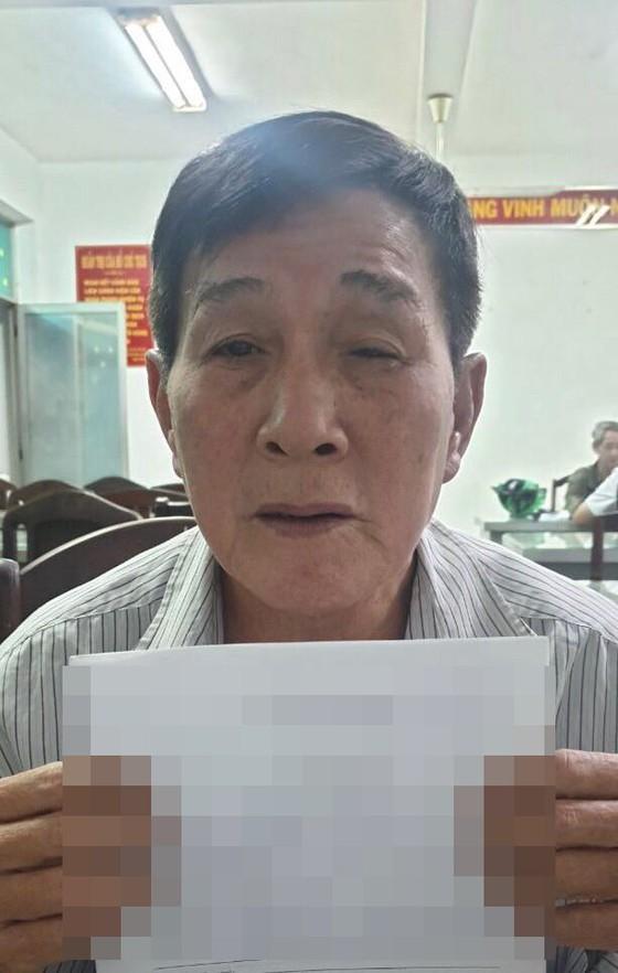 Triệt phá sòng bạc tại khu phố Tây ở Sài Gòn: Kẻ cầm đầu từng trốn trại, có 16 tiền án, tiền sự - Ảnh 1