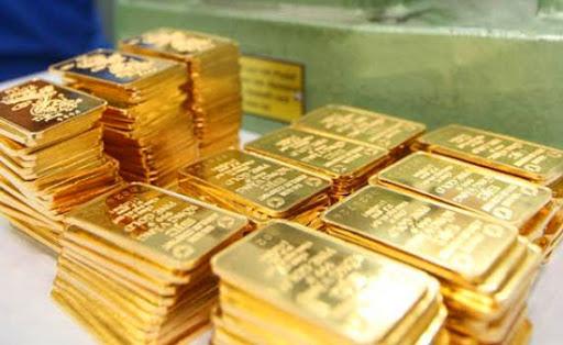 Giá vàng hôm nay 23/1: Giá vàng SJC tiếp tục giảm 100.000 đồng/lượng - Ảnh 1