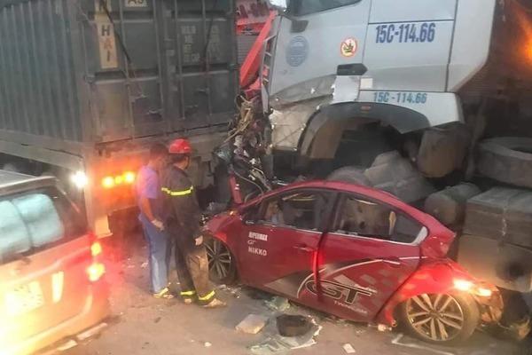 7 vụ tai nạn giao thông kinh hoàng năm 2020 - Ảnh 3