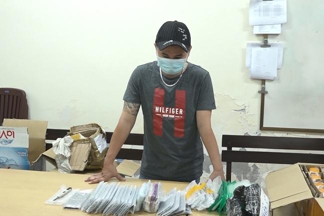 Vụ phát hiện 325 chiếc điện thoại trị giá 3 tỷ đồng ở ga Sài Gòn: Ông chủ bí ẩn là ai? - Ảnh 1