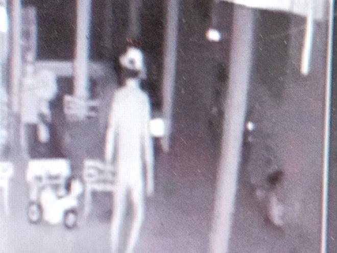 """Vụ trộm khỏa thân vào nhà nguyên Trưởng phòng Giáo dục huyện: Nạn nhân tiết lộ """"sốc"""" - Ảnh 1"""