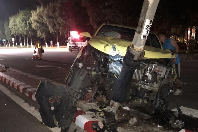 Tin tai nạn giao thông ngày 16/3: Người đàn ông bị xe container cuốn vào gầm tử vong - Ảnh 2