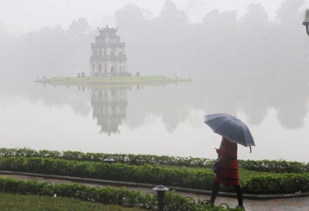 Tin tức dự báo thời tiết mới nhất hôm nay 17/3: Hà Nội có mưa phùn, sáng sớm trời lạnh - Ảnh 1