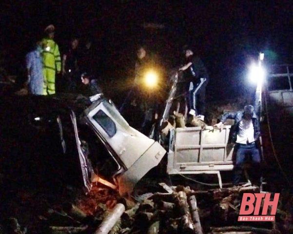 Hé lộ hiện trường vụ tai nạn thảm khốc ở Thanh Hóa, 7 người tử vong - Ảnh 3