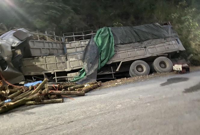 Hé lộ hiện trường vụ tai nạn thảm khốc ở Thanh Hóa, 7 người tử vong - Ảnh 4