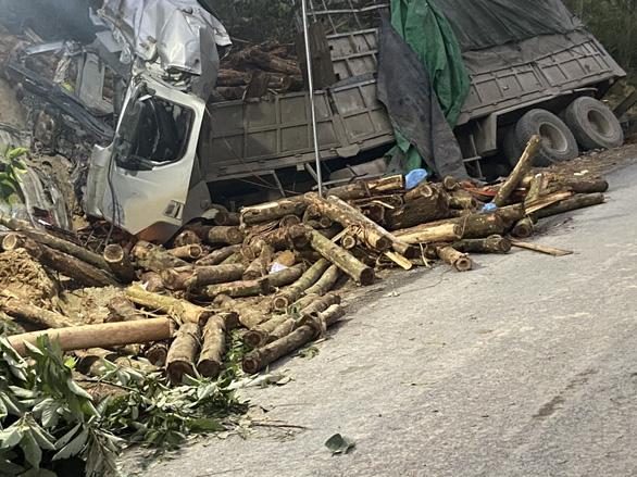 Hé lộ hiện trường vụ tai nạn thảm khốc ở Thanh Hóa, 7 người tử vong - Ảnh 5