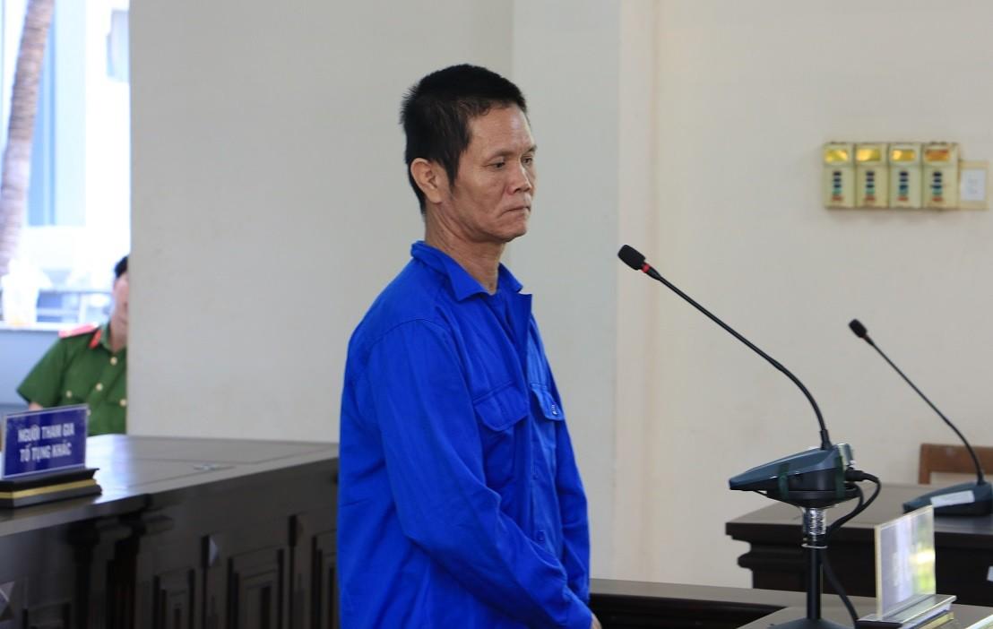 """Vụ """"yêu râu xanh"""" U50 hiếp dâm bé gái 11 tuổi: Bất ngờ lời nói cuối cùng tại tòa - Ảnh 1"""