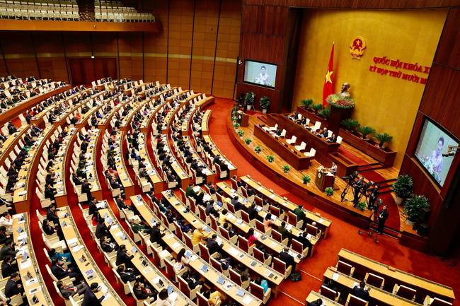 Trình miễn nhiệm Chủ tịch Quốc hội Nguyễn Thị Kim Ngân - Ảnh 1