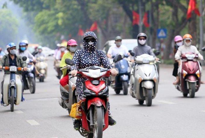 Tin tức dự báo thời tiết mới nhất hôm nay 31/3: Hà Nội nắng nóng cục bộ - Ảnh 1