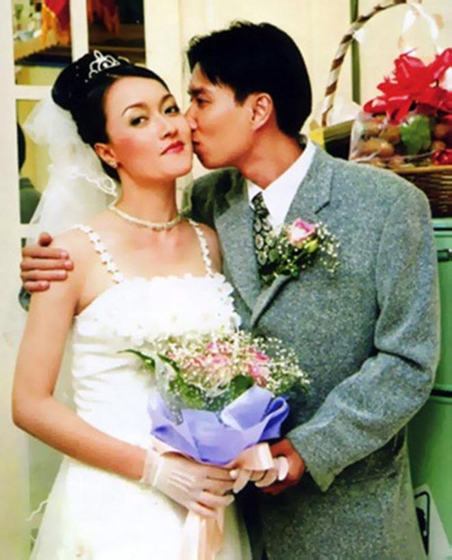 """Nữ danh hài 46 tuổi ghét người thứ 3, """"giấu chồng"""" giỏi nhất showbiz Việt - Ảnh 1"""