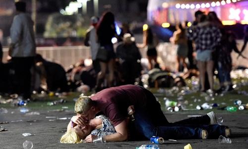 Toàn cảnh vụ xả súng đẫm máu nhất lịch sử hiện đại nước Mỹ - Ảnh 5