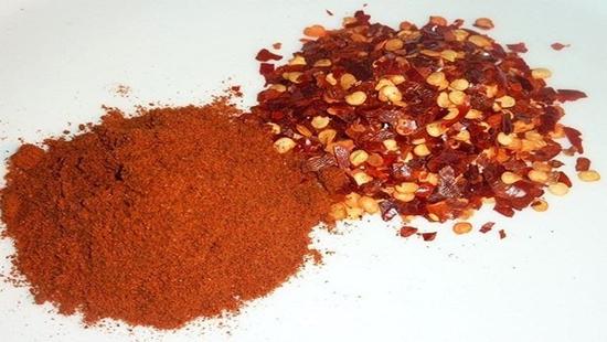 100% mẫu ớt bột nhiễm độc tố gây ung thư gan: Bộ NN&PTNT nói gì? - Ảnh 1