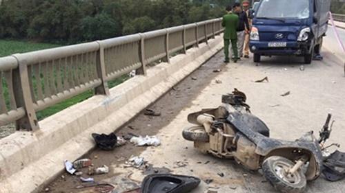 Tài xế gây tai nạn khiến 3 người trong một gia đình tử vong bị khởi tố - Ảnh 1