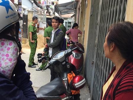 """Công an lấy lời khai 2 """"bảo mẫu"""" hành hạ trẻ em ở Sài Gòn - Ảnh 3"""