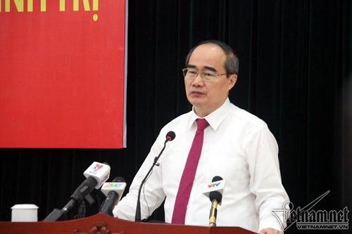 Bí thư Thành ủy TP.HCM Nguyễn Thiện Nhân: Sẽ tiếp tục lập lại trật tự vỉa hè - Ảnh 1