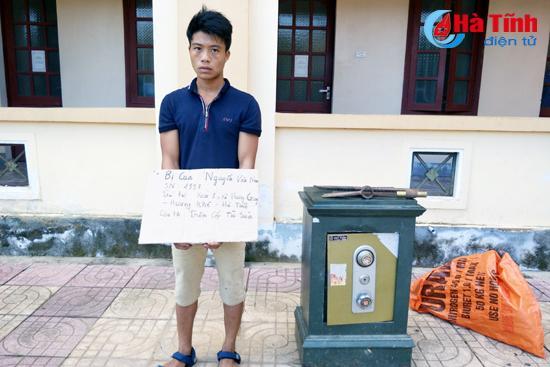 Dùng xà beng phá két sắt, trộm gần 70 triệu đồng - Ảnh 1