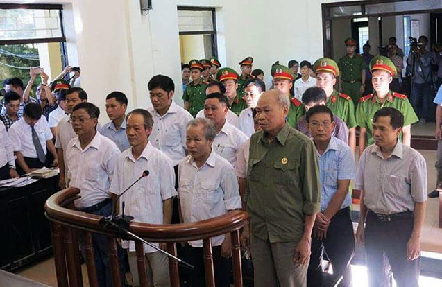 """Xử vụ sai phạm đất ở Đồng Tâm: Cán bộ huyện """"đổ lỗi"""" cho cán bộ xã - Ảnh 1"""