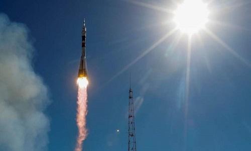 Lộ nguyên nhân khiến tàu vũ trụ Nga gặp sự cố, phi hành gia thoát chết trong gang tấc - Ảnh 1
