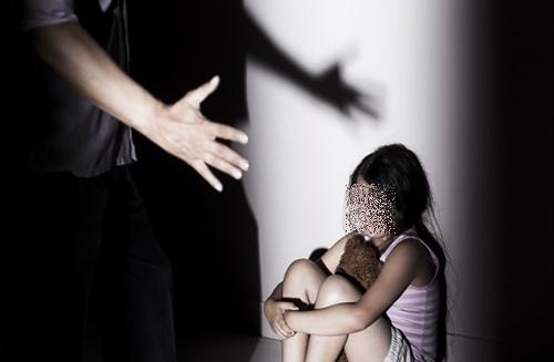 Diễn biến mới vụ người đàn ông 55 tuổi dâm ô 3 nữ sinh tiểu học - Ảnh 1