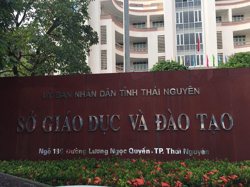 Ngày Quốc tang: Sở GD-ĐT Thái Nguyên dùng xe công đi công tác trong khu du lịch? - Ảnh 3