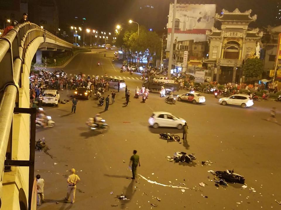 Nữ tài xế BMW gây tai nạn: Người và xe nằm la liệt trên đường - Ảnh 1