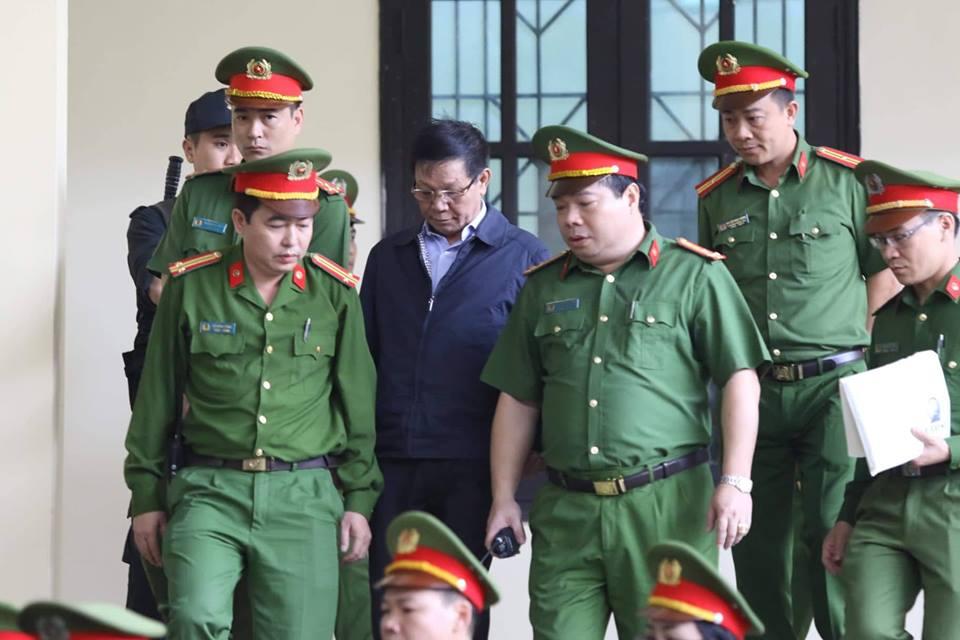 Ông Phan Văn Vĩnh có quyền đề nghị không đăng bản án lên mạng? - Ảnh 1