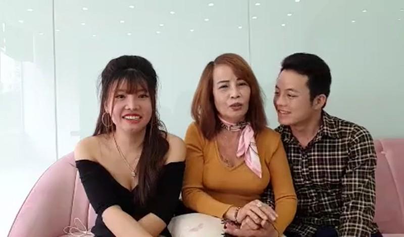 Cô dâu 62 tuổi tuyên bố lấy vợ hai cho chồng trên mạng: Luật sư nói gì? - Ảnh 1
