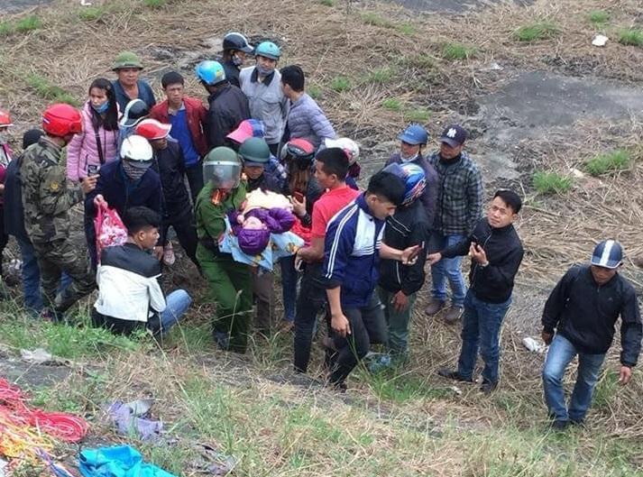 Tin tức pháp luật mới nhất ngày 21/11/2018: Bé trai 4 tuổi tật nguyền bị bỏ rơi ở Bắc Ninh - Ảnh 1