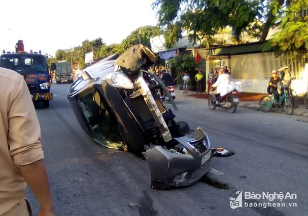 Tin tai nạn giao thông mới nhất ngày 22/11/2018: Tá hỏa thấy thi thể người bên vệ đường cùng xe máy - Ảnh 3